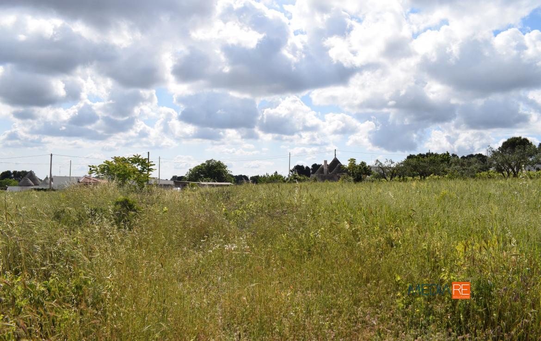 terreno-compravendita-locazione-aste-giudiziarie-appartamenti-case-ville-trulli-casali-masserie-magazzini-depositi-terreni-beni-immobili-mediareimmobiliare