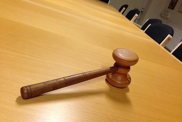 ESECUZIONI IMMOBILIARI: DURATA MEDIA IN CALO A 5 ANNI (2 NEI TRIBUNALI PIU' VELOCI)