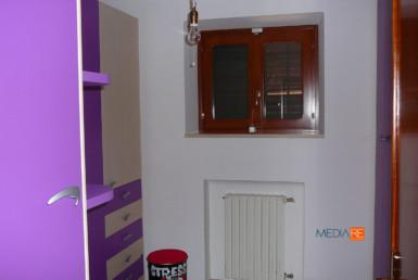 Vendita e locazione e aste giudiziarie di appartamenti case ville trulli casali masserie magazzini depositi garage terreni mediarè