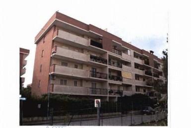 vendita-locazione-aste-giudiziarie-appartamenti-case-ville-trulli-casali-masserie-magazzini-depositi-terreni-beni-immobili-mediareimmobiliare