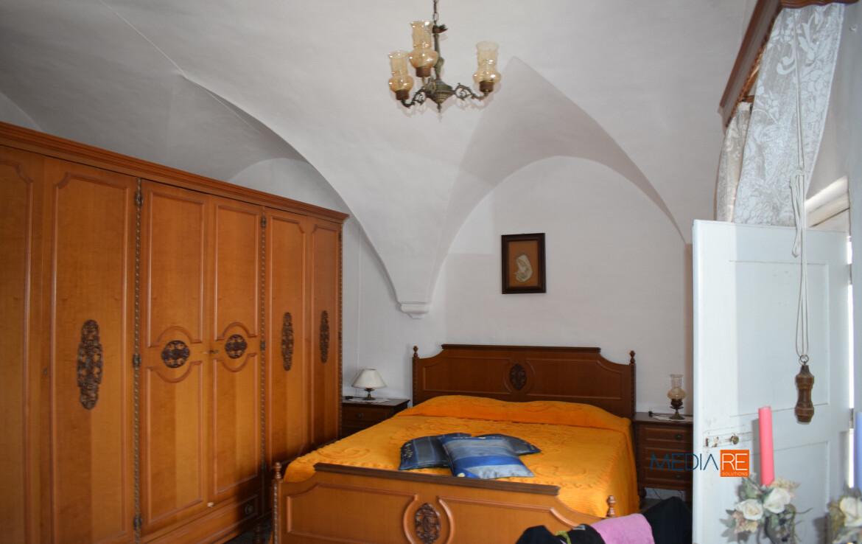 terrazzo-compravendita-locazione-aste-giudiziarie-appartamenti-case-ville-trulli-casali-masserie-magazzini-depositi-terreni-beni-immobili-mediareimmobiliare