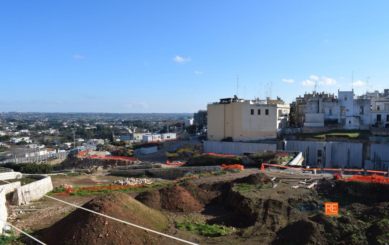 vistavalled'itria-compravendita-locazione-aste-giudiziarie-appartamenti-case-ville-trulli-casali-masserie-magazzini-depositi-terreni-beni-immobili-mediareimmobiliare