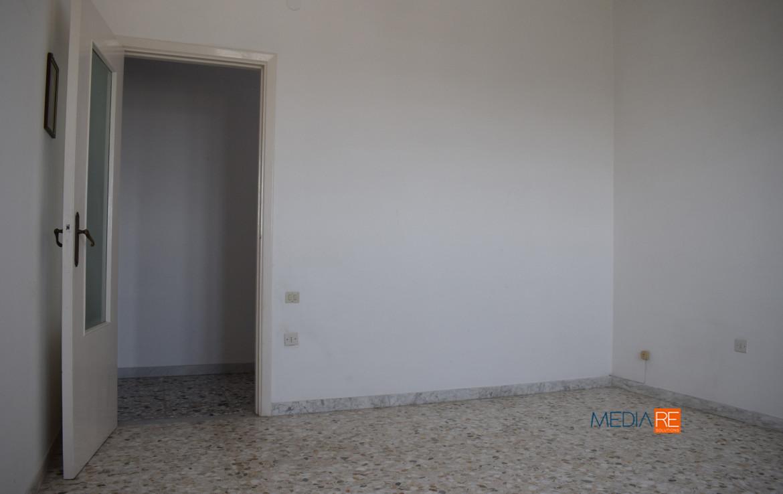 vanoletto-compravendita-locazione-aste-giudiziarie-appartamenti-case-ville-trulli-casali-masserie-magazzini-depositi-terreni-beni-immobili-mediareimmobiliare