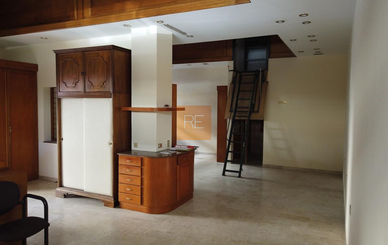 laboratorioartigianale-compravendita-locazione-aste-giudiziarie-appartamenti-case-ville-trulli-casali-masserie-magazzini-depositi-terreni-beni-immobili-mediareimmobiliare